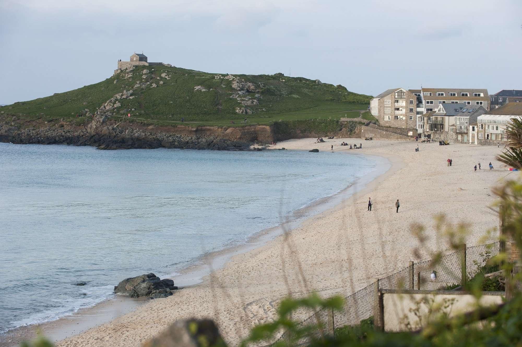 image of Porthmeor beach at St Ives, Cornish coastal path