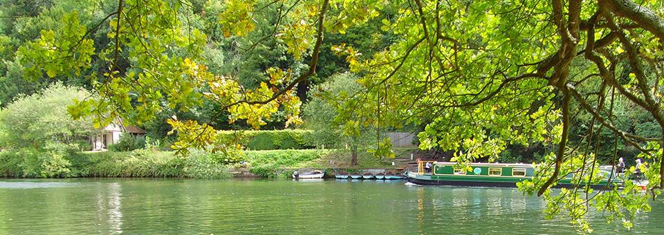 Thames Path Walking Holiday