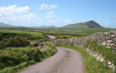 Ballinknockane-Dingle-Way