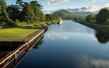 Caladonian-Canal-Great-Glen-way