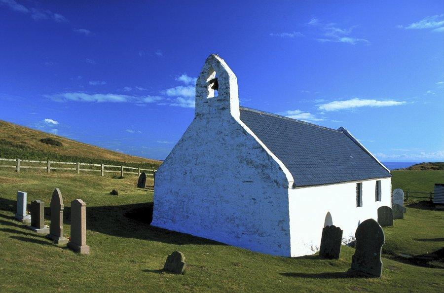 Chapel-Llyn-Coastal-Path