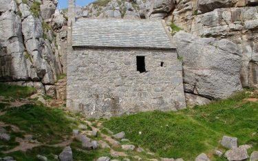 St Govans-Pembrokeshire-Coast-Path