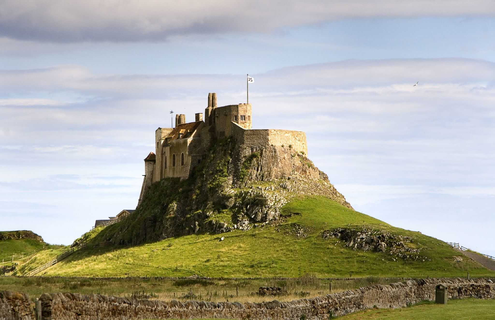 Lindisfarne-St-Cuthberts-Way