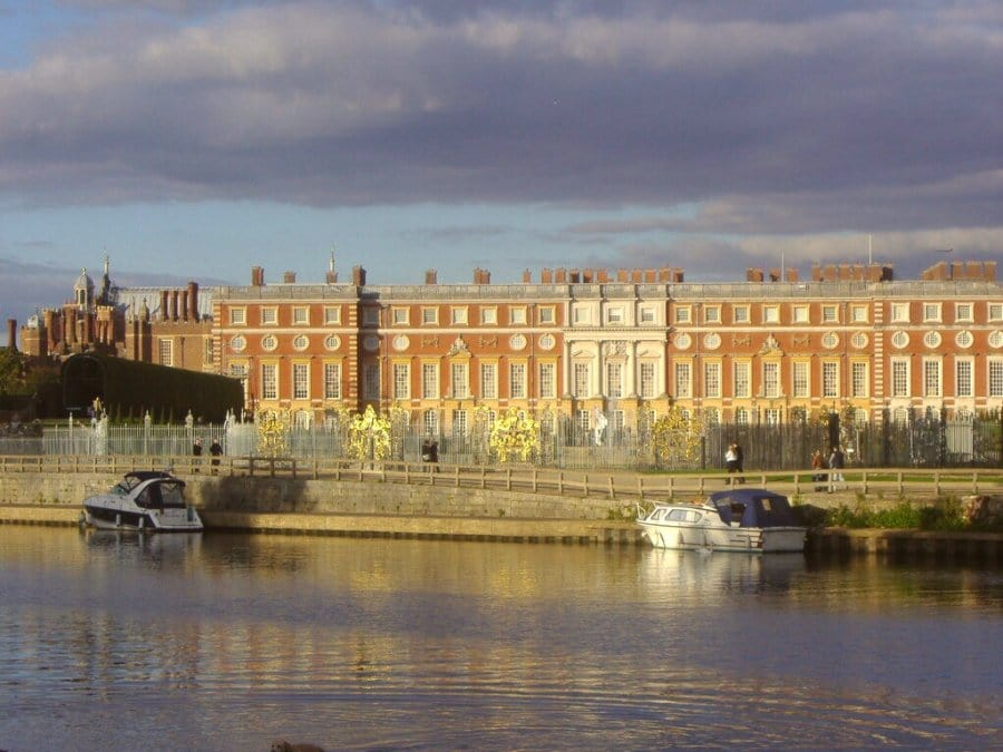 Hampton-Court-River-Thames