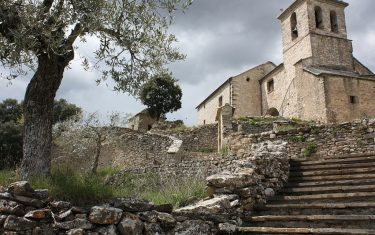 Walking Holidays in Aragon, Spain - iglesia_de_almazorre