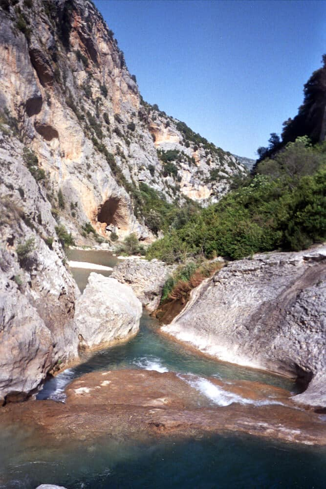 sierra-de-guara-gorge-walking-holidays-in-aragon