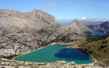 walking-holidays-in-mallorca-cuber