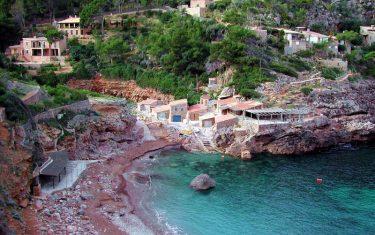 walking-holidays-in-mallorca-deia-cover