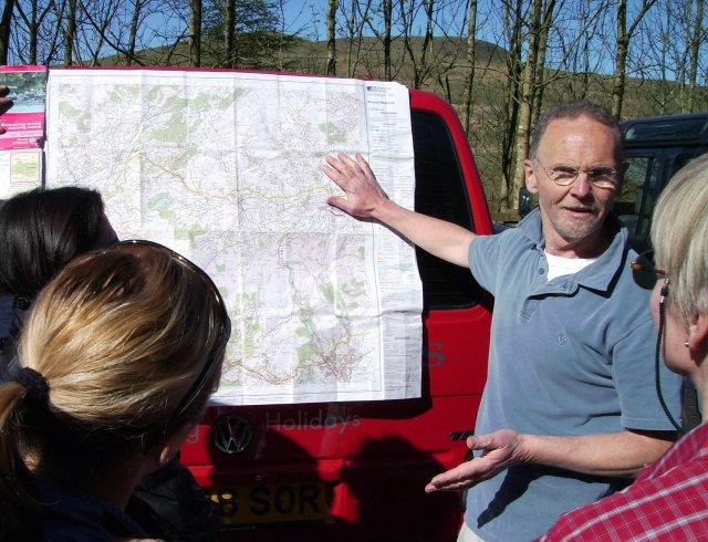 Angus, tour leader, describing the location