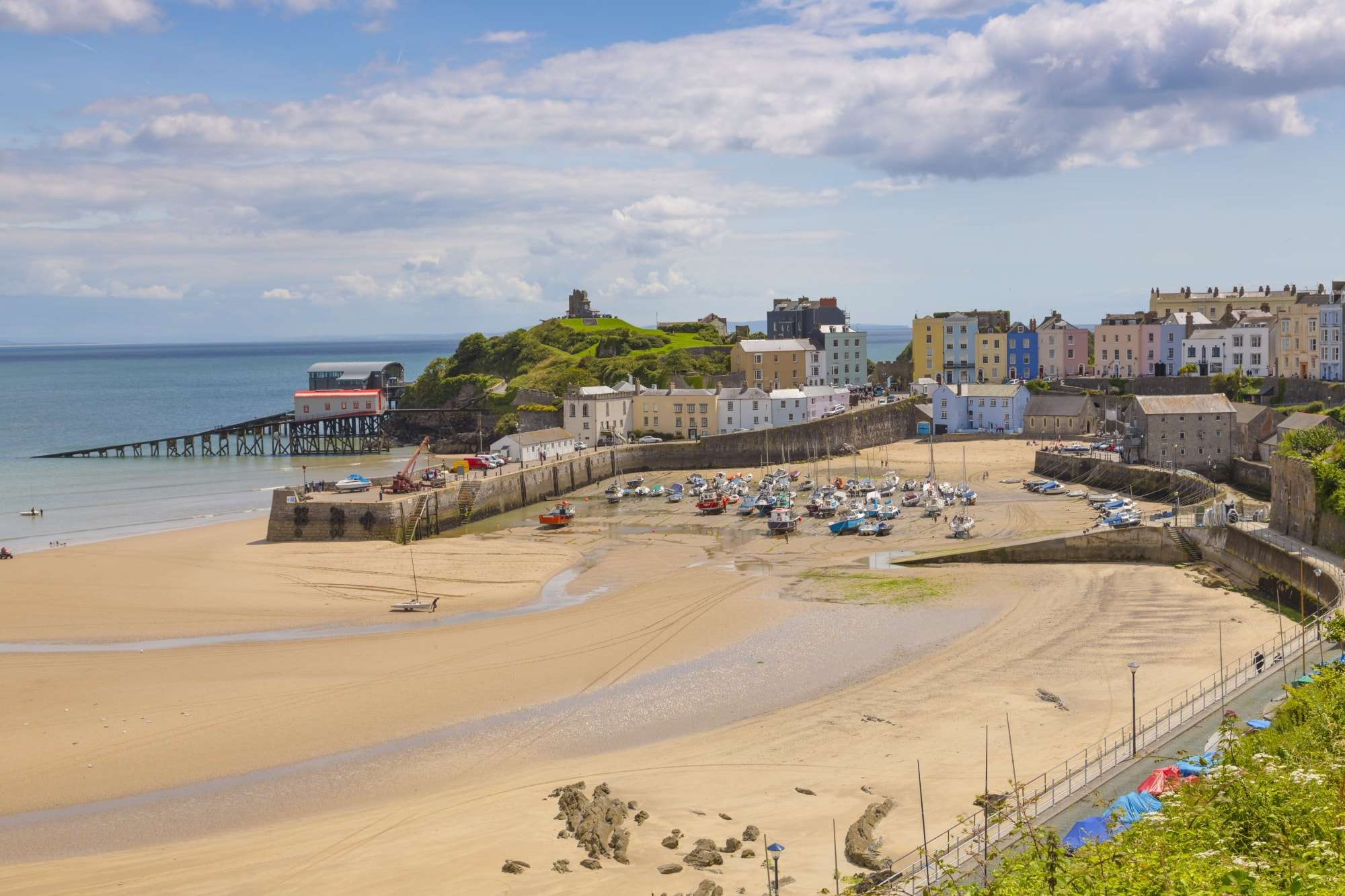 Image of Tenby beach, Cardigan Bay, Wales