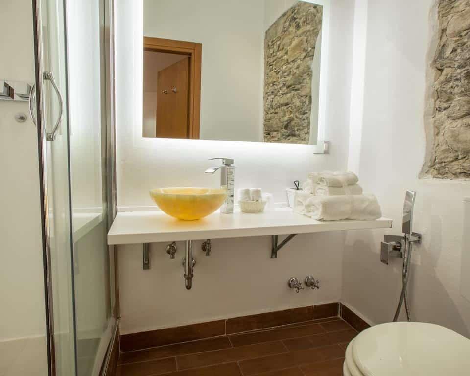 Bathroom Hotel Cinque Terre
