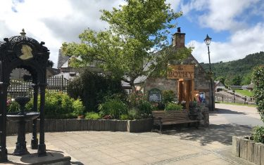 Fort Augustus Town, hiking holidays on the great glen way