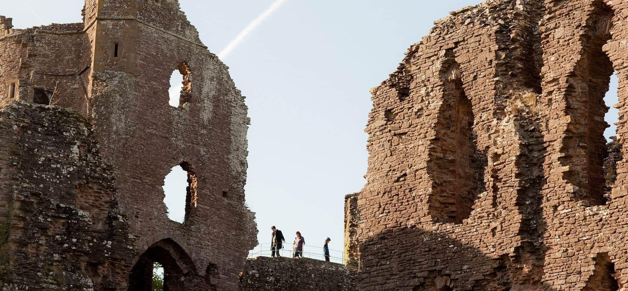 Three Castles Walk, a historical walk in Wales