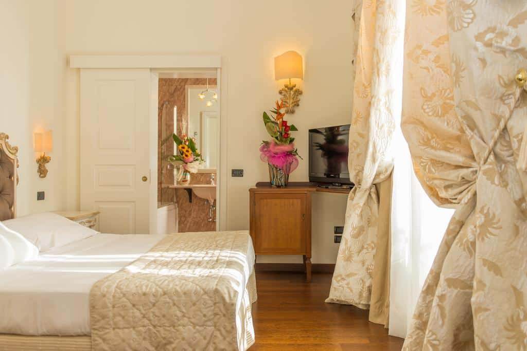 Hotel Bedroom Puglia