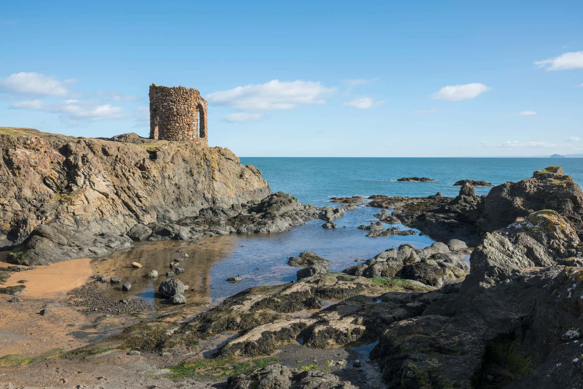Lady's Tower was built in Ruby Bay, on the east side of Elie Ness, walking in fife