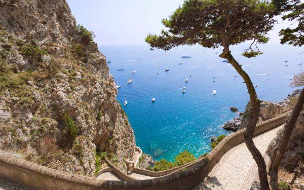 Mountain path on Capri