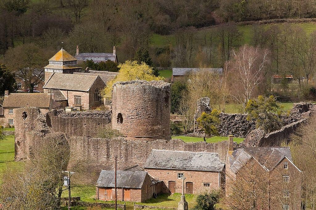 Walking the Three Castles way