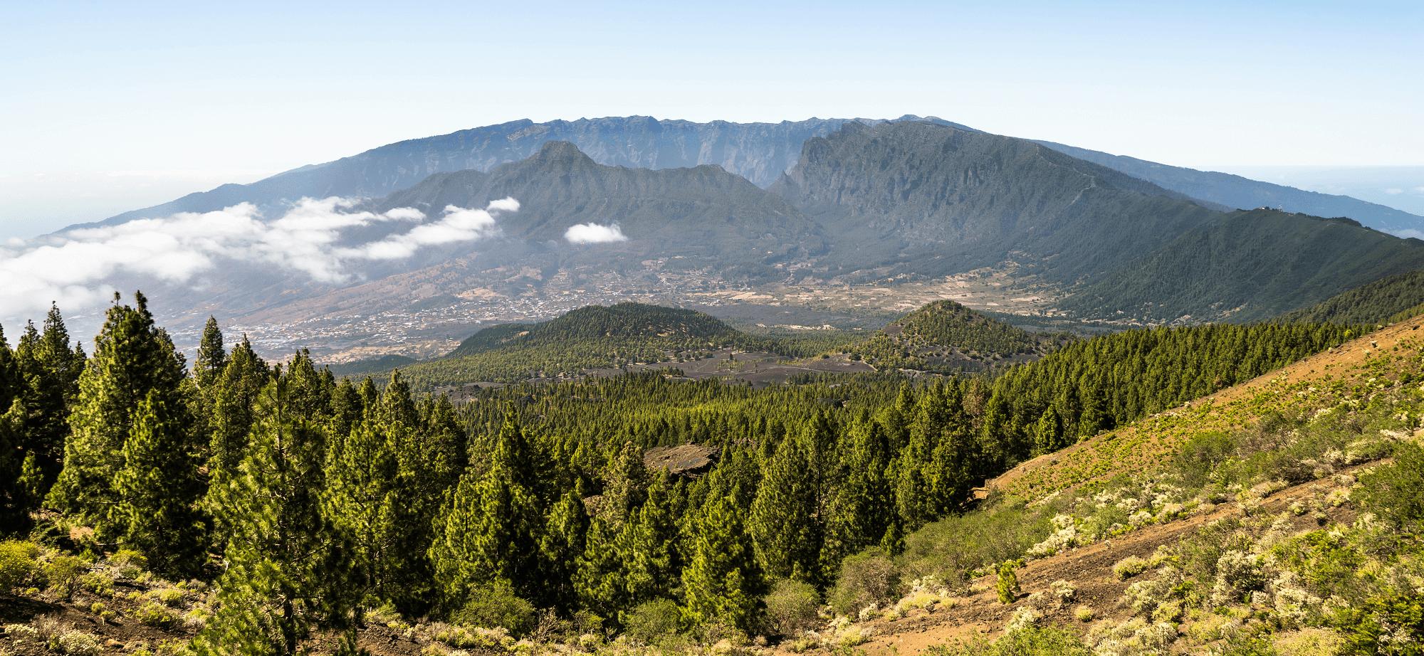 Hiking La Palma Caldera de Taburiente national park