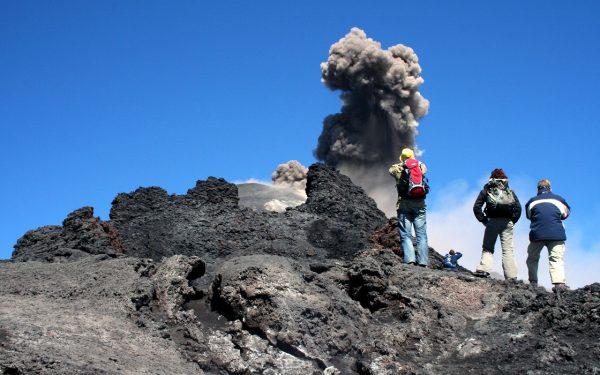 hiking_Etna_Aeolian_isles