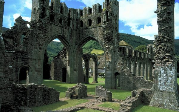 Llanthony Priory on the Offa's Dyke Path